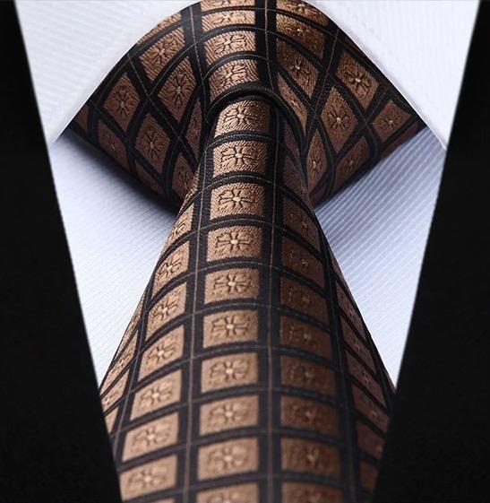 Spoločenská kravata a vreckovka - sada s hnedými štvorčekmi