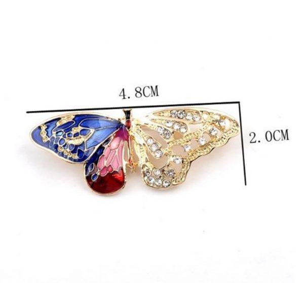 Luxusná brošňa z umelých kryštálov v tvare motýľa
