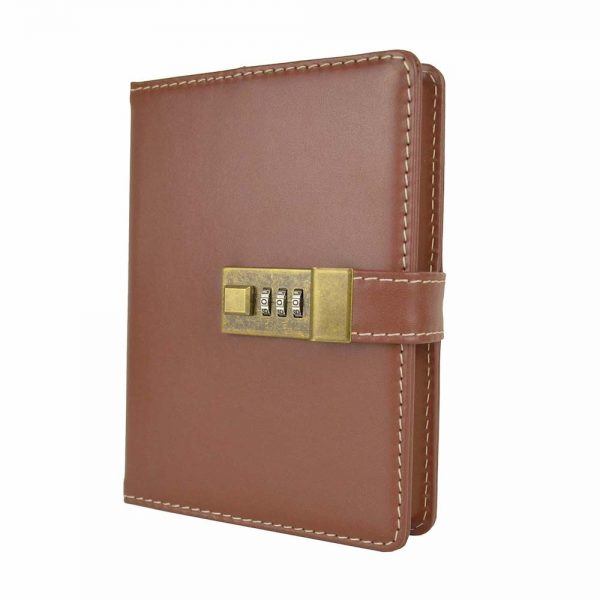 Kožený zápisník MIDDLE s číselným zámkom v hnedej farbe