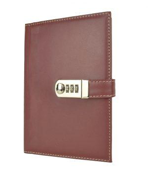 Kožený zápisník XXL s číselným zámkom v bordovej farbe