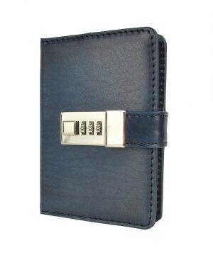 Kožený zápisník MINI ručne tieňovaný s číselným zámkom v tmavo modrej farbe