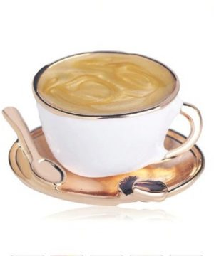 Prepracovaná smaltovaná brošňa na šaty v tvare šálky kávy