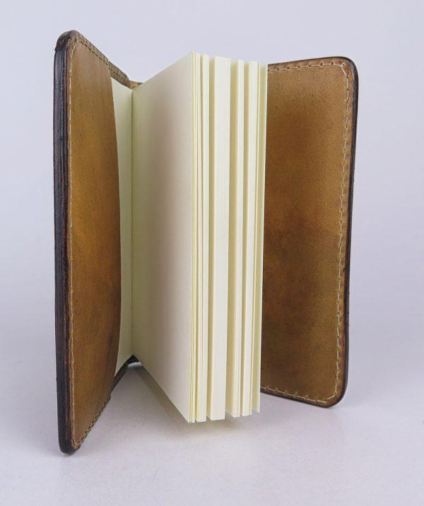 Ručne vytvarovaný, vyrezávaný a reliéfny kožený zápisník - Zlatá kronika