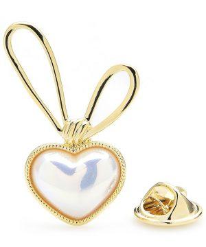 Luxusná módna brošňa v podobe zlatého srdiečka s mašličkou