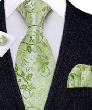 Kravatový set s vreckovkou a gombíkmi so svetlo-zeleným vzorom